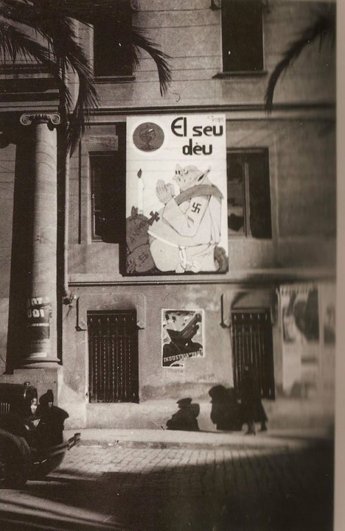 Cartell d'en GRAPA Gustau Vila Bergada, a la façana dels Padres Missioners , data desembre 1936