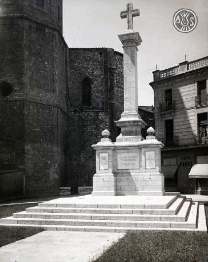 La imagen tiene un atributo ALT vacío; su nombre de archivo es monumento-als-caiguts-al-raco-del-campanar-desant-felix-ahs-desconegut-1.jpg